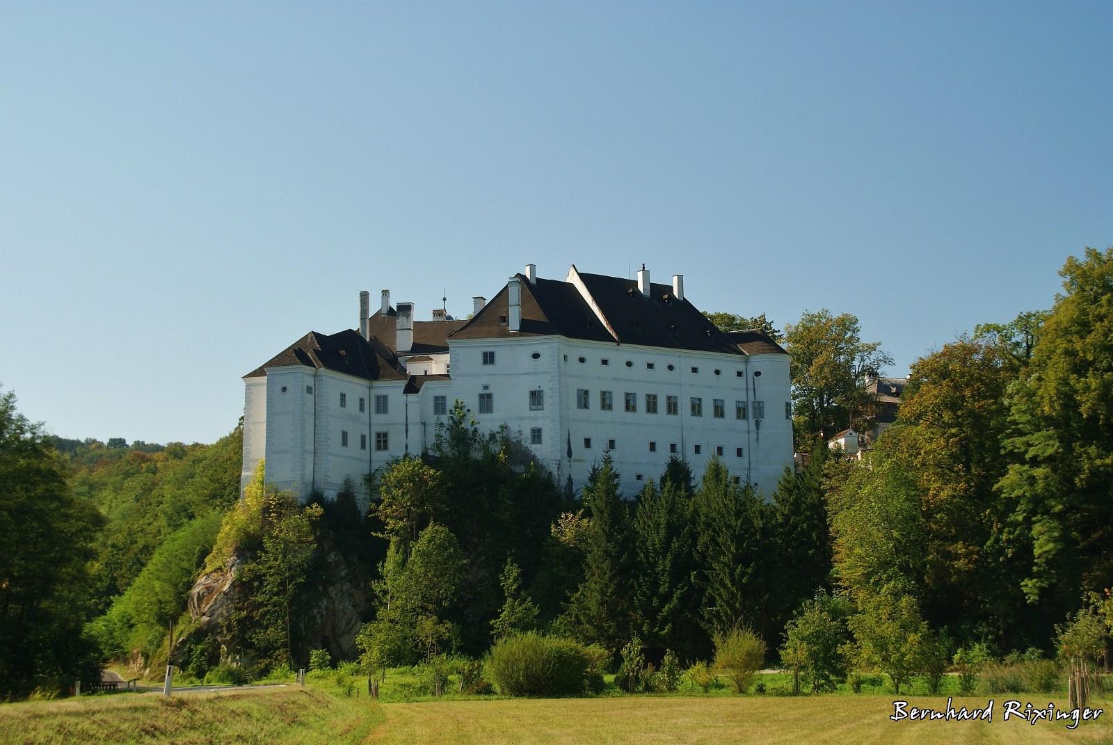 Schloss Leiben.jpg